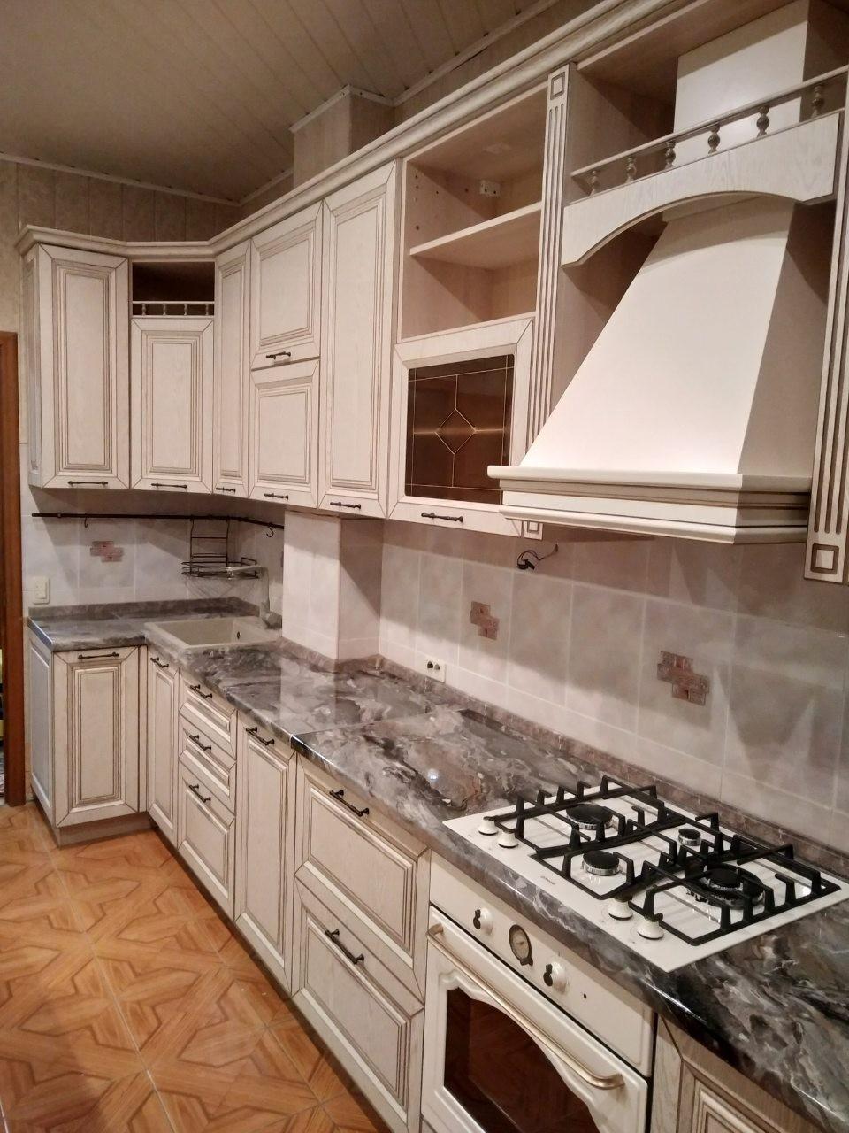 Белый кухонный гарнитур-Кухня МДФ в ПВХ «Модель 547»-фото1