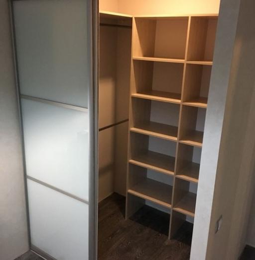 Встроенные шкафы-купе-Шкаф-купе из стекла Лакобель «Модель 7»-фото2